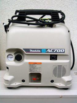 makita   エアコンプレッサ AC700