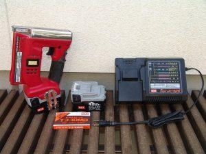 MAX マックス 充電式タッカ TG-Z3 充電器+バッテリー付